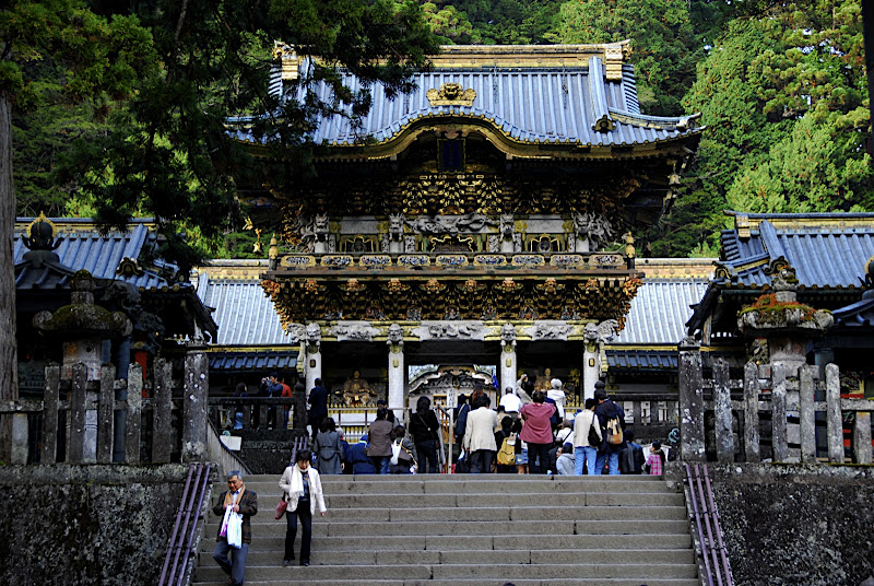 Yomeimon Gate, so named because you can look at it all day without getting tired because of its beauty and detail