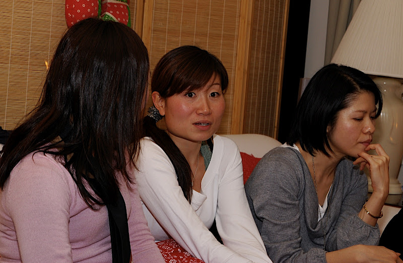 Aya is often shocked, and Kumi is often in deep thought