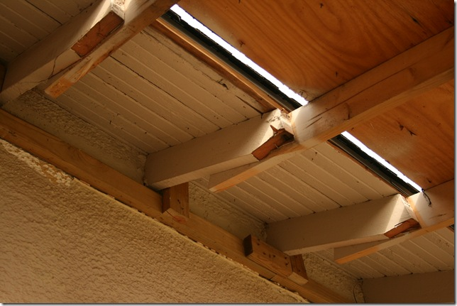 overhang 003
