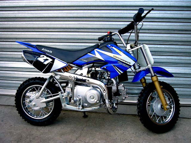 First mini dirt bike kxd 50 yamaha blue for Yamaha mini dirt bikes