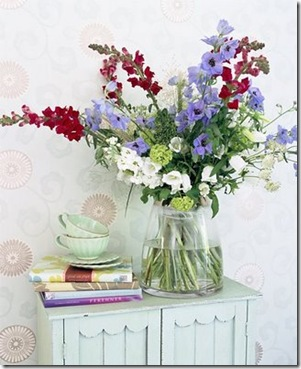 reddish white and bluish florals
