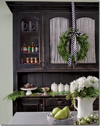 country living black buffet and wreath