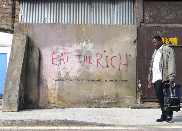 http://lh5.ggpht.com/_9F9_RUESS2E/SsTKzs2S2fI/AAAAAAAABP4/qCgUeUBXBNk/s800/banksy-graffiti-street-art-eattherich.jpg