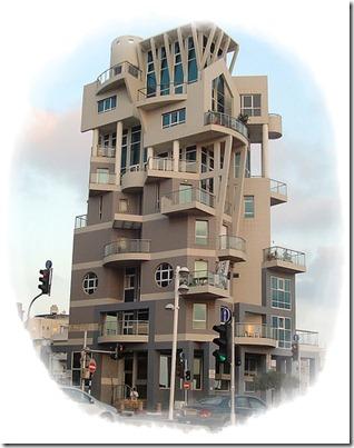 8   hus