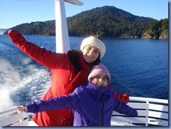 Mel e Bela à la Titanic no Lago Nahuel Huapi