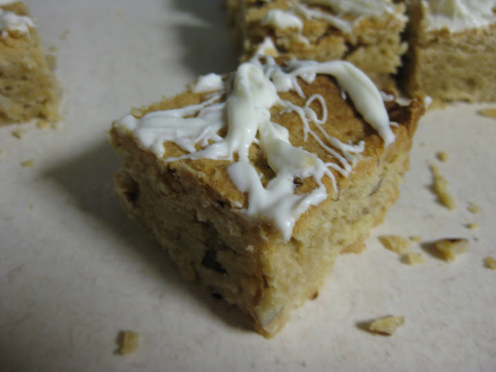 Home-Baked Happiness: Hazelnut blondies