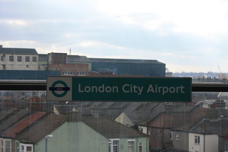 http://lh5.ggpht.com/_9nPwuk2--jk/S7E6J-mMszI/AAAAAAAAAF4/6lgaFh2JCiQ/s800/London%20trip%20for%20Oceanographic%202010%20101.jpg