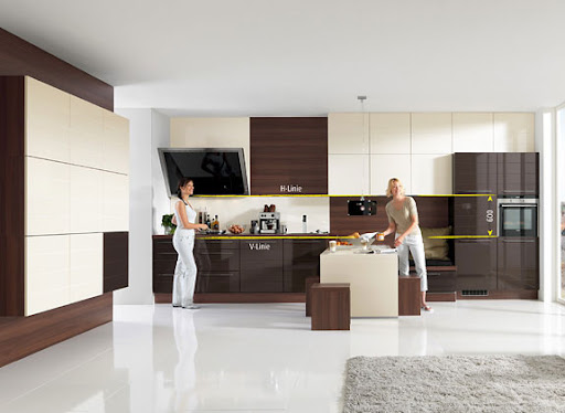 Modern Dynamic Kitchen Design