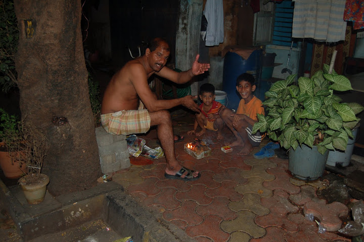 A Mumbai Street Scene
