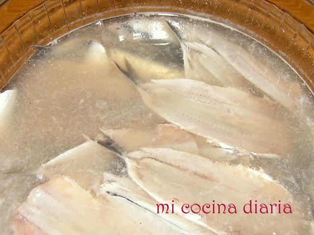 Boquerones en vinagre (Килька в винном уксусе)