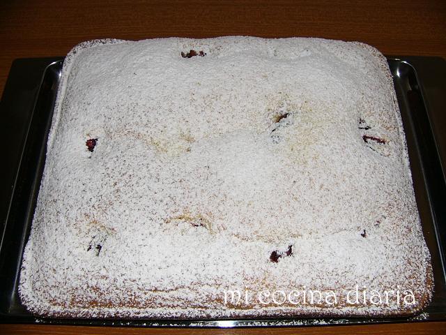 Tarta con ciruelas y Mascarpone (Пирог со сливами и Маскарпоне)