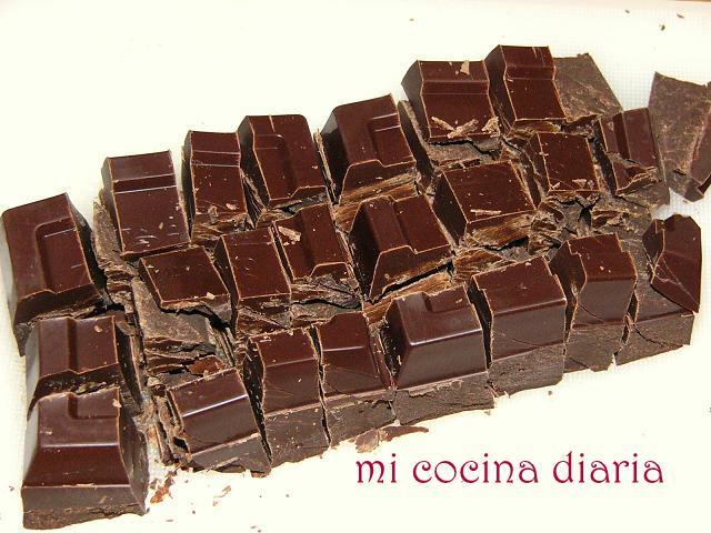 Cake de plátano y nueces con glaseado de chocolate (Банановый кекс с грецкими орехами и шоколадной глазурью)