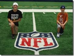 HW Cowboy Stadium NFL 2010