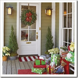 christmas-front-porch-southern living