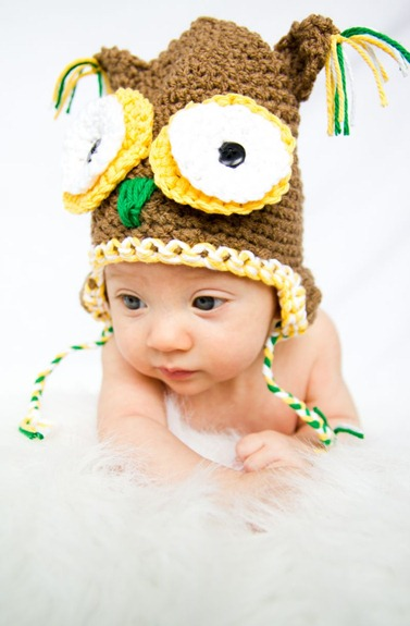 CROCHETED OWL HAT by Lindsay
