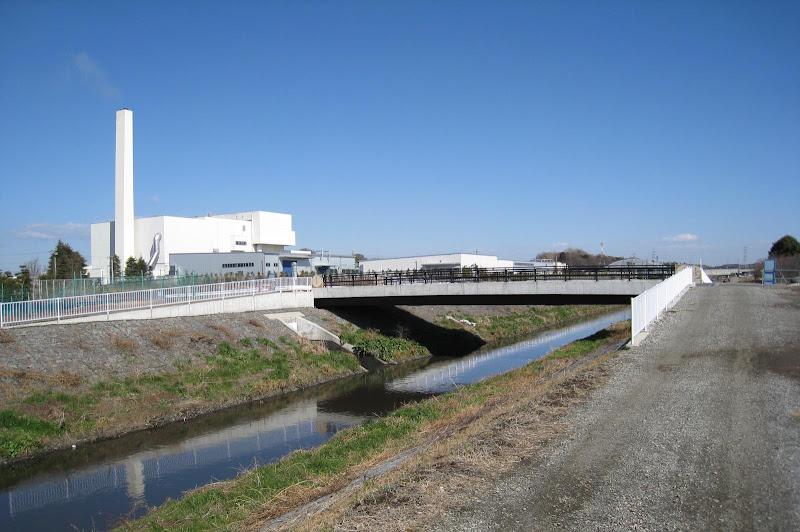 目久尻川 戸中橋