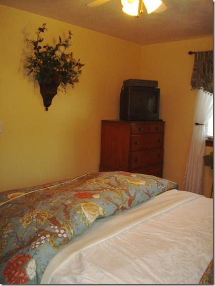 bedroom new pictures 012