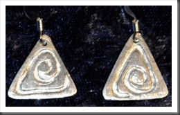 SilverHieroglyphEarrings2