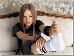 avril-lavigne-1600x1200-672 LinkinSoldiers