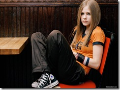 avril-lavigne-1600x1200-16370 LinkinSoldiers