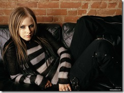 avril-lavigne-1600x1200-20783 LinkinSoldiers