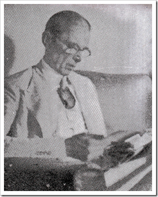 Mr Jinnah in his study