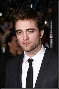 gallery_enlarged-robert-pattinson-new-moon-8-premiere-red-carpet-photos-11162009-05