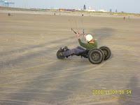 Damien en BIG FOOOOOOT ( la Rolls-Royce du buggy ^^ )
