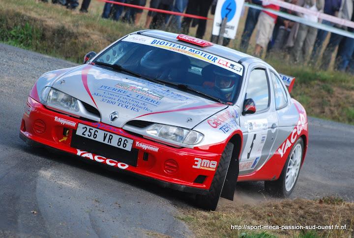 Rallye du Pays de Saint-Yrieix - 18 et 19 Septembre 2010 Rallye%20du%20Pays%20de%20Saint-Yrieix%202010%20038