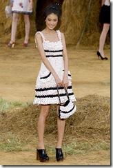 Paris_Fashion_Week_SS_2010_Chanel_14