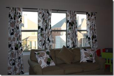 Curtains and Pillows Playroom 012