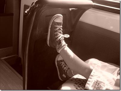 Aj sul minibus per le cascate