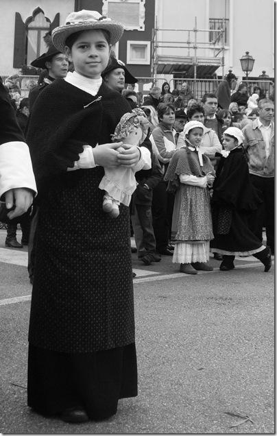 bambini in costume d'epoca alla fiera de l'oca di Mirano