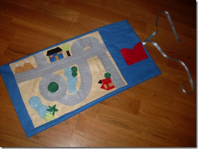 Roll-up playmat, pista di feltro portatile