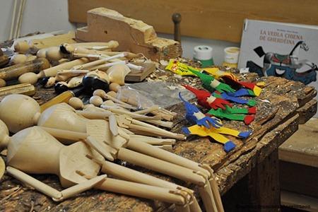 laboratorio di giocattoli di legnoDSC_0067