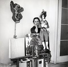 Edina Altara nello studio a Milano