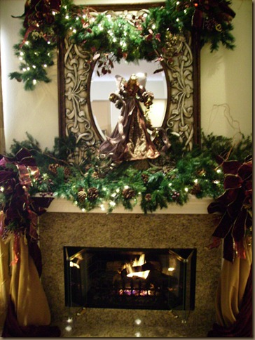 Barr holiday mantel 046