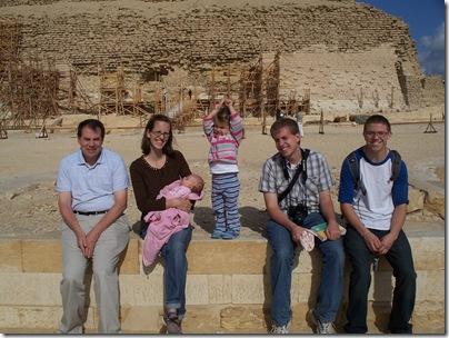 12-29-2009 030 Saqqara - Step Pyramid - group photo