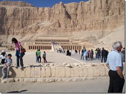 12-20-2009 011 Al-Deir Al-Bahari Temple