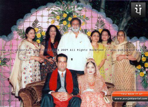 Pammi Varinder, Aaajit singh Deol, Usha Deol