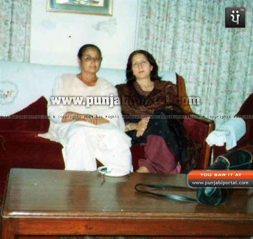 Author's wife Gurjit Sandhu with parkash Kaur Deol