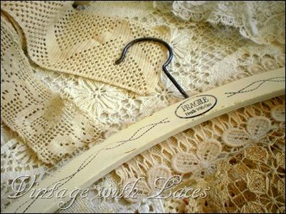 ropa hangers2