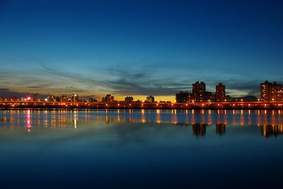 大稻埕夕陽及夜景