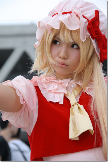 touhou project cosplay - flandre scarlet from comiket 2010