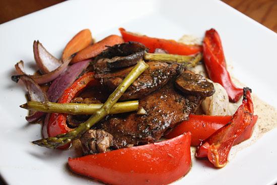 Balsamic Chicken with Roasted Vegetables | Skinnytaste
