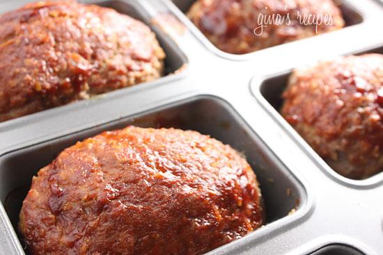 Petite Turkey Meatloaves   Skinnytaste