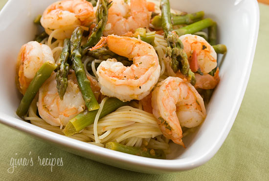 Angel Hair with Shrimp and Asparagus | Skinnytaste