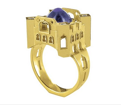 http://lh5.ggpht.com/_BkOsthGKM3U/TJEsjugVxYI/AAAAAAAAARA/a1ZvfsEUt4s/dubai-palace-small-ring.jpg