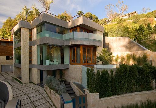 http://lh5.ggpht.com/_BkOsthGKM3U/TK8jlIY9j1I/AAAAAAAAAjU/MV1A6Pqhfv8/27%20Luxury-Los-Angeles-Real-Estate-For-Sale-2.jpg
