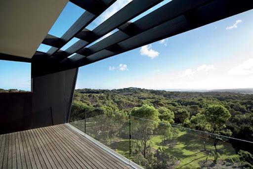 http://lh5.ggpht.com/_BkOsthGKM3U/TMb2mCxGyII/AAAAAAAAAwc/qTvY9gwQH4c/15%20Australian-House-Amazing-Surrounding-Natural-Views.jpg
